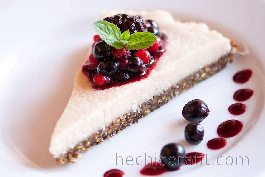 Pastel de queso crudo vegano saludable (sin gluten)