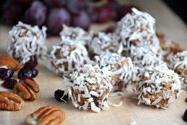Bolitas de pan de jengibre saludables (sin gluten, sin azúcar)