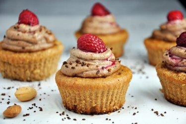 Cupcakes de almendra con crema de cacao y anacardo (sin gluten)