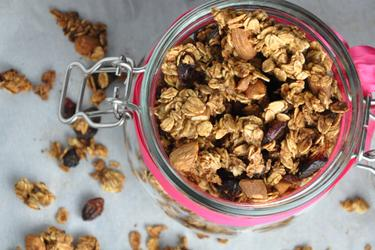 Granola horneada crujiente (sin aceite y sin azúcar)