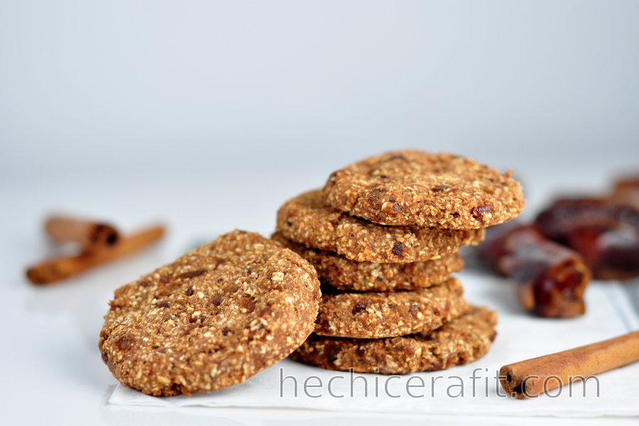 Sencillas galletas de avena y canela sin harina