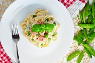 Fetuccini con salsa ligera de coliflor y ajo