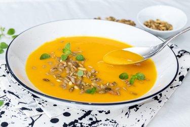 Sencilla sopa de calabaza Hokkaido