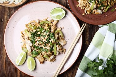 Pollo Pad Thai Fácil